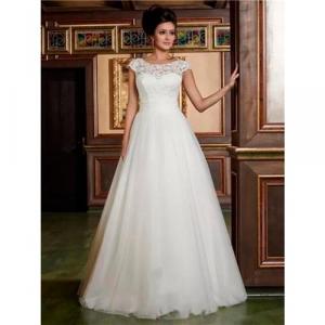 Vestido De Noiva Com Peito De Renda E Costa Rendada - T